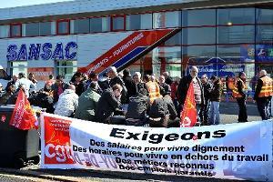 Grève des salariés des sociétés Cosac et Sansac