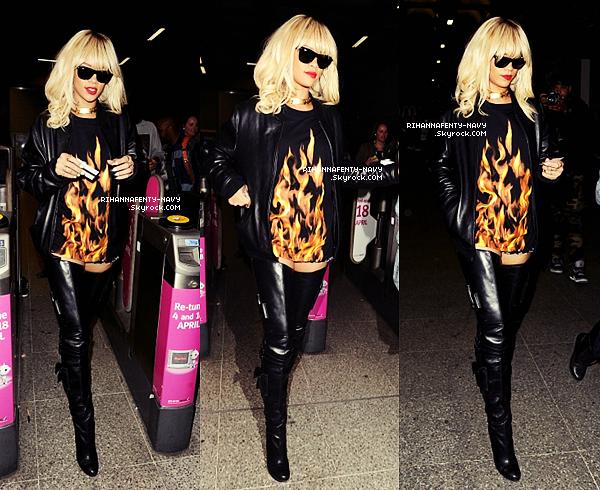 27/03/12 : Rihanna a été aperçue prenant le métro londonien pour se rendre au concert de Drake à l'O2 Arena.