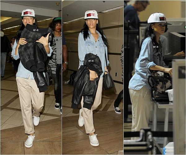 21/04/12 : Rihanna posée pour le photoshoot du magazine «Harper's Bazaar».