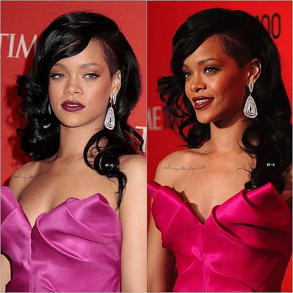 """24/04/12 : Rihanna et sa magnifique robe rose ont été aperçue au gala """"Time 100"""" C'est un énorme TOP pour moi ! Sa tenue lui va a ravir :)"""