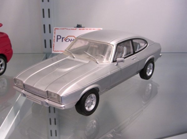 Miniature Ford Capri