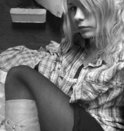 """""""Il est plus facile de mourir que d'aimer, c'est pour cela que je me donne le mal d'aimer. """" Jim Morrison"""