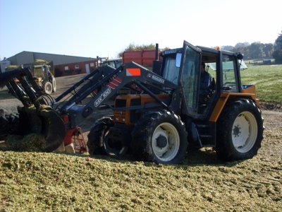 Tracteur renault avec fourche mailleux mx100 blog de sylvain 53 - Tracteur avec fourche ...