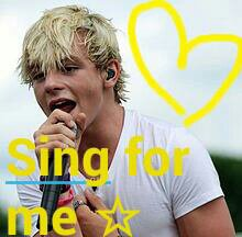 Ross sing for me ☆