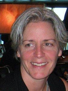 Dr Suzanne Humphries : Médecin, elle découvre la vérité sur les vaccins