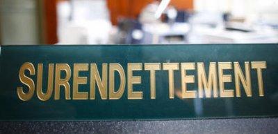 ZONE EURO ET SURENDETTEMENT DES PAYS  :