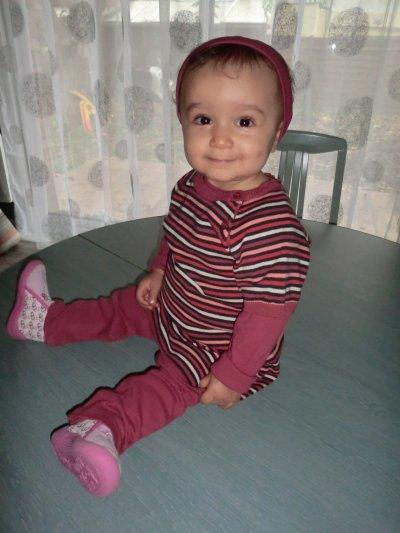 Manelle, 11 mois... (l)