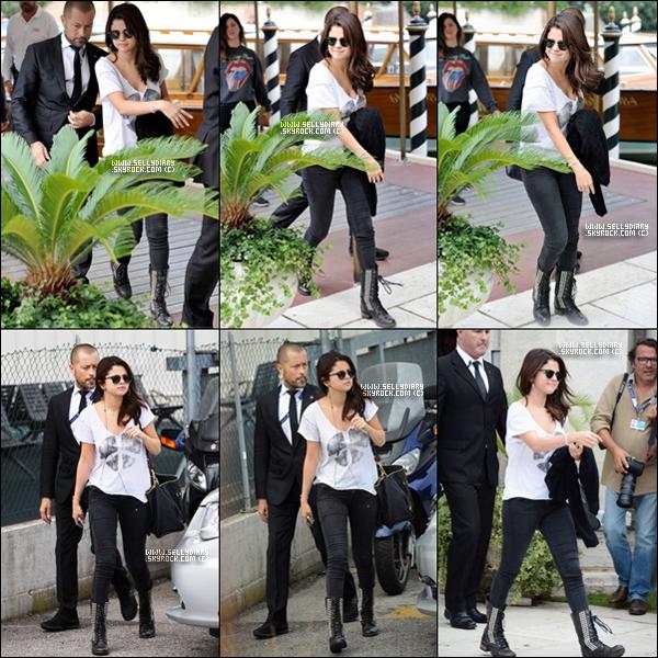. . 04.09.12 : Selena a été vue arrivant à Venise pour la promotion de « Spring Breakers ». . .