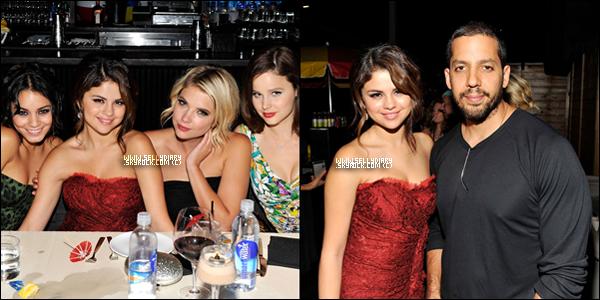 . . 07.09.12 : Selena et le cast étaient présent aux « Toronto International Film Festival » à Toronto.  . .