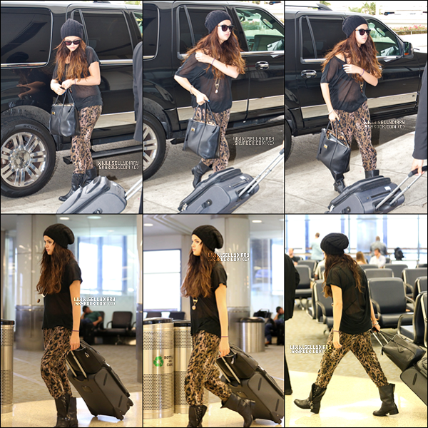 . .  19.10.12 : Selena a été vue à l'aéroport de Los Angeles.  . .