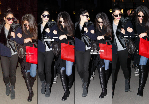 16.02.13 :  Selena a été vue avec Vanessa et Ashley entrain de faire du shopping au « Printemps » à Paris.
