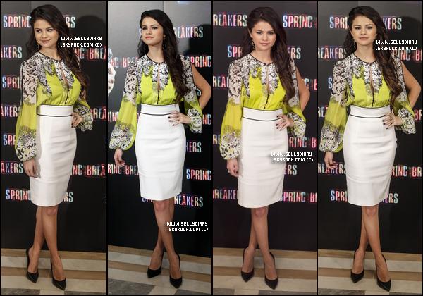 21.02.13 :  Selena s'est rendue à une conférence de presse avec le cast de SB à Madrid.