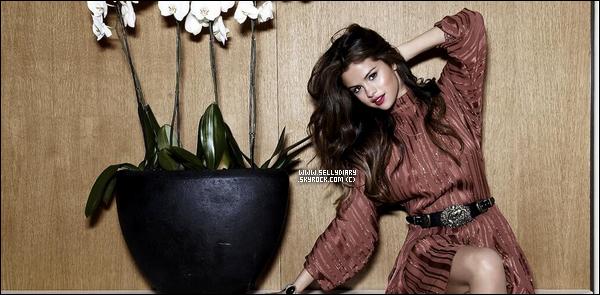 29.06.13 :  Selena a donnée un concert organisé par « Macy's » afin de promouvoir « Slow Down » à New York.