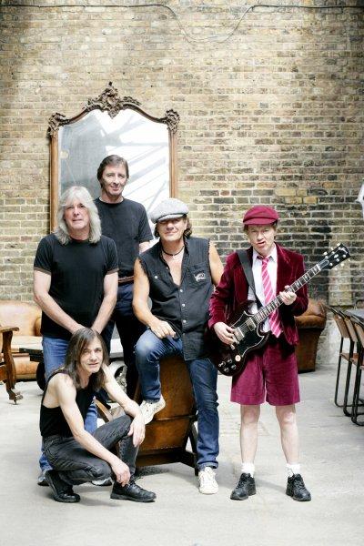 rocker AC/DC jacker