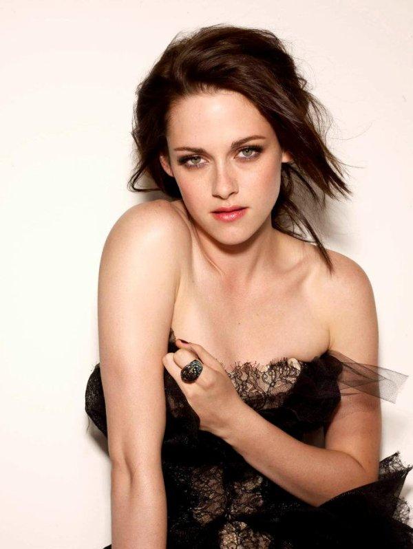 Voici quelques photos Que Kristen Stewart à fait il y a quelques temps ...