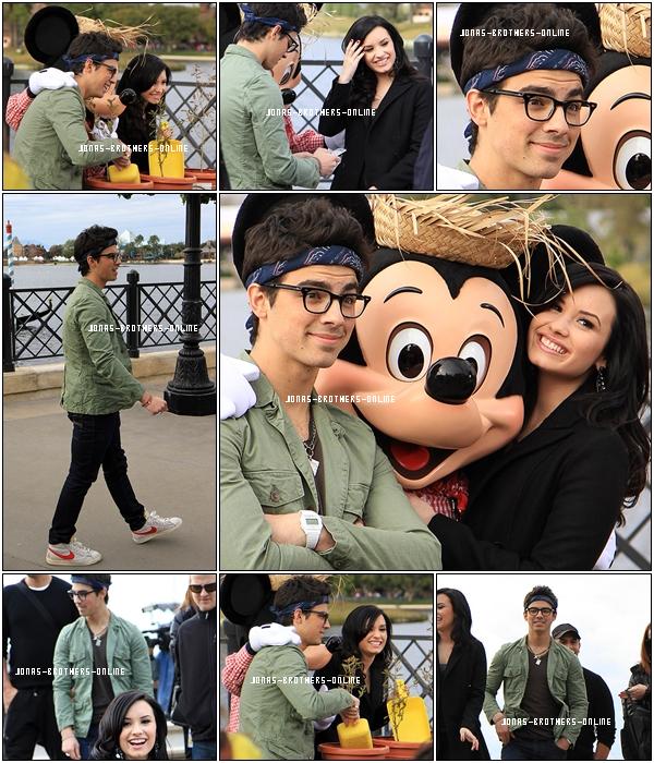 _ 11.02.2010 | Photos de Joe, Demi & Mickey à Disney World_à Orlando en Floride :