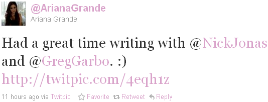 _ 29.03.2011   Nick était en studio avec Ariana Grande et Garbo :