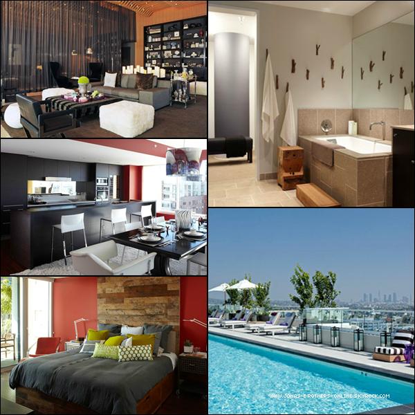 + Nick s'est acheté son premier appartement pour 5 millions de $ ! L'immeuble The Residences est situé dans Hollywood... +