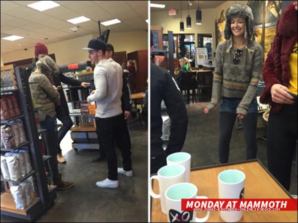 _ 04.01.2016 | Nick a été photographié en compagnie de Kate Hudson à Mammoth :_