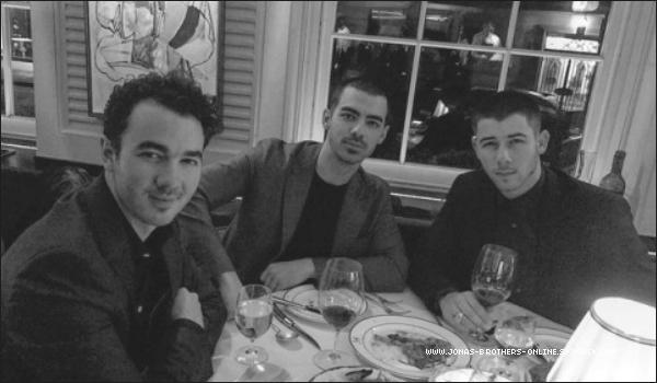 _ 03.03.2017 | Kevin, Joe & Nick se sont retrouvés pour dîner à Londres :