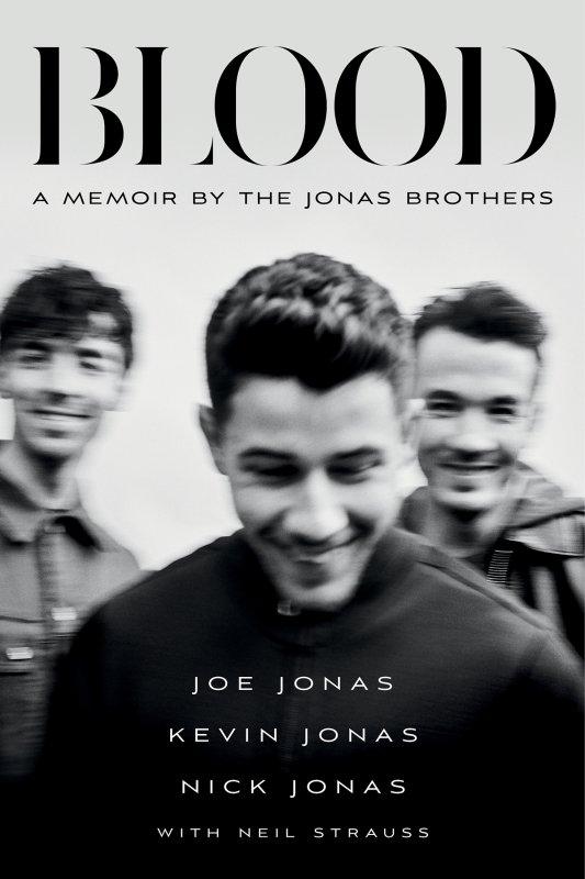 _ 09.11.2021 | Voici la couverture du mémoire des Jonas Brothers intitulé 'Blood' :