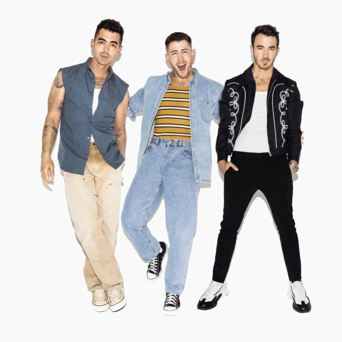 Bienvenue sur votre source depuis 2007 sur Nick Jonas, Joe Jonas & Kevin Jonas, plus connus sous le nom des Jonas Brothers!