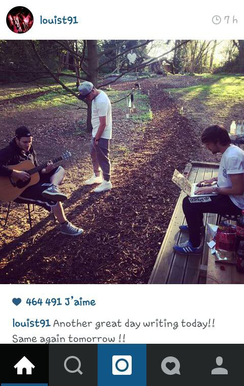Louis instagram avec Liam ! ^^ ( se garçons ne poster presque jamais avant et maintenant on a droit à une photo tous les jours pratiquement C'EST GÉNIAL !!!!! :D )