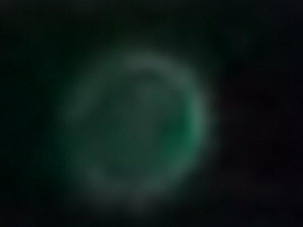 Photo du 17 04 2011, orbe vert émeraude