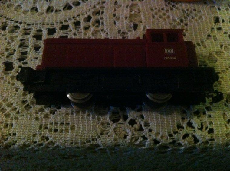 DB245004