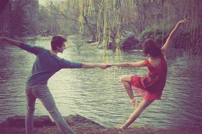 Danse , danse , danse avec moi , danse avec ma vie , danse avec mon coeur .