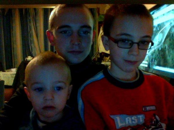 Mes deux petits cousins et moi