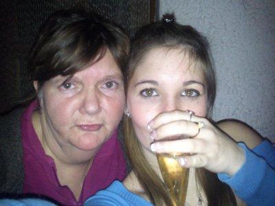 moi et ma mere le jour de l'an 2011