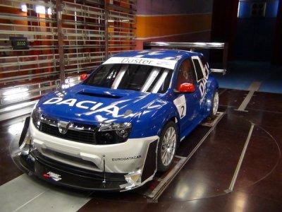 Pikes Peak 2011 : le Dacia Duster de Dayraut