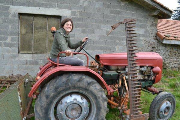 Achat du tracteur pour les travaux