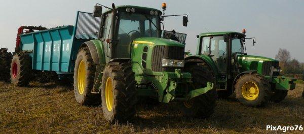 Epandage 2011 avec un doublet de JohnDeere/épandeurs Guerin et un Merlo P34.7