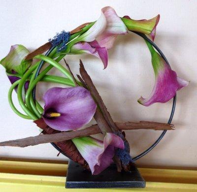"""Cours d'art floral """" Demi lune en dos mineur"""" Samedi 30/10/2010"""
