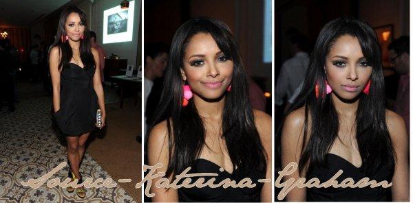 9 mars • Katerina se rends à un évènement de charité à Los Angeles