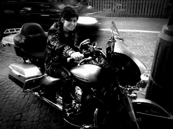les motos , bien plus qu'un rêve , une véritable passion <3