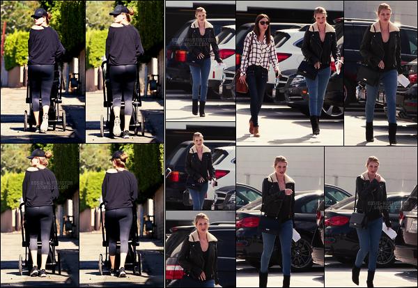 06/11/17 - Rosie Huntington a été vue pendant une balade avec son fils Jack dans les rues à Los Angeles  Le 10/11, elle a été aperçue à l'hopital Saint John où elle était suivit lors de sa grossesse il me semble, à Santa Monica. Top la tenue