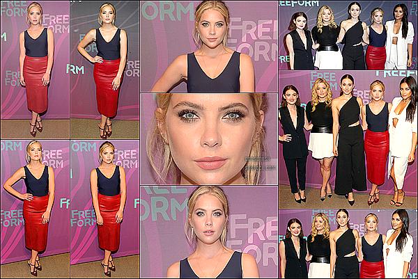 07 Avril - Ensuite dans la journée, le cast de Pretty Little Liars était présent au Freeform Upfronts, à New York.