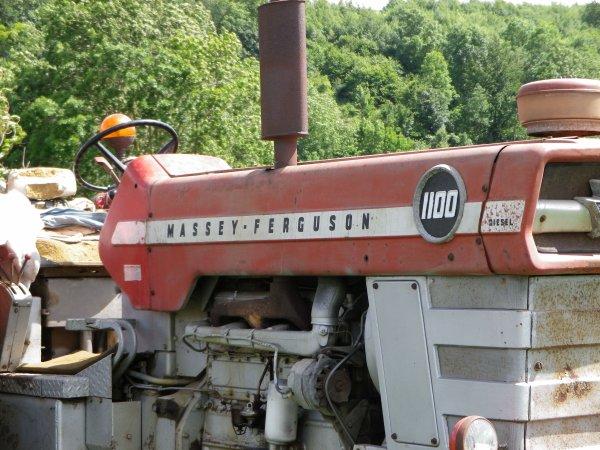 Massey fergusson 1100