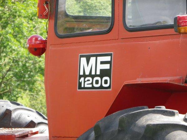 Massey fergusson 1200