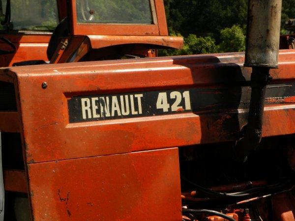 Renault 421