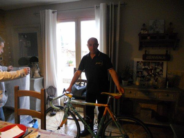 Salut a tous, mon nouveau vélo collector enfin a la maison avec toute son histoire, mais trop longue a raconté......
