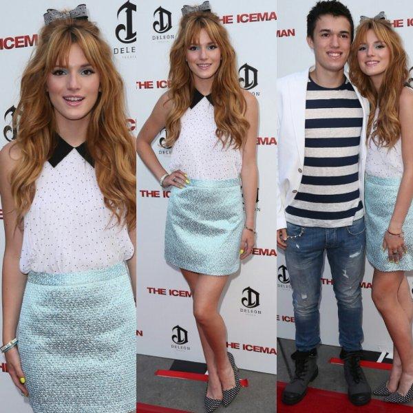 """Bella Thorne à la première de """"The IceMan"""" avec son frère le 22 avril 2013"""