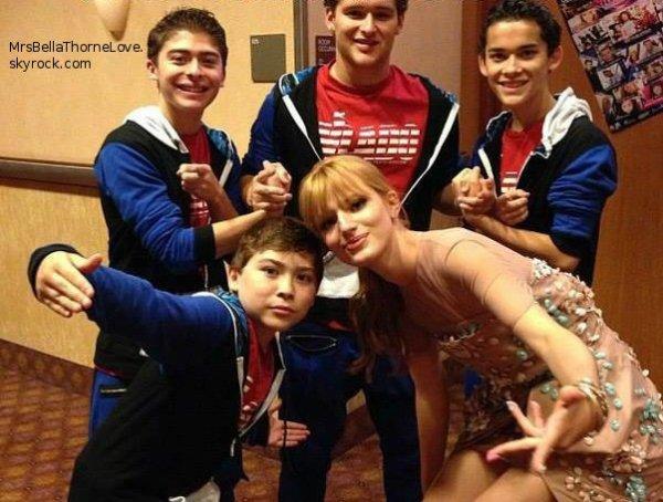 Bella Thorne au KartTV Dance Awards le 3 Juillet 2013 (partie 2) - Photos Twitter