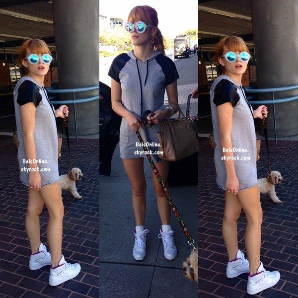 Bella Thorne à l'aéroport d'Albuquerque au Nouveau-Mexique le 13 octobre 2013