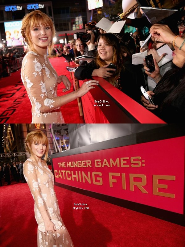 Bella Thorne à la première du film Hunger Games : Catching Fire le 18 novembre 2013 (partie 1)