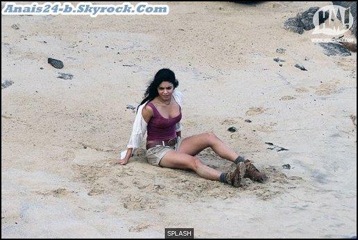 ★.•°•.•  Vanessa sur le tournage de Journey 2 (9 novembre) •.•°•.★