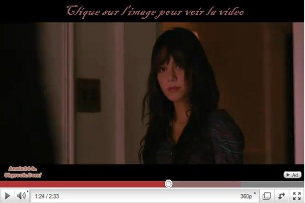 - - ★.•°•.• Vanessa Hudgens à LAX ( 13 janvier ) + Beastly •.•°•.★ - -
